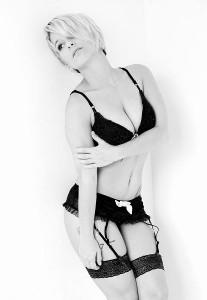 stripteaseuse-domicile-niort-79